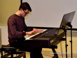 Il giovane talentuoso pianista Gabriele Duranti